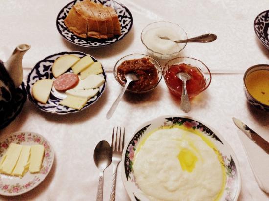 Emir B&B: Frühstück