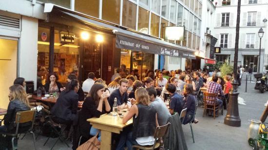 Terrasse picture of la ferme de charles paris tripadvisor - Restaurant la terrasse paris ...