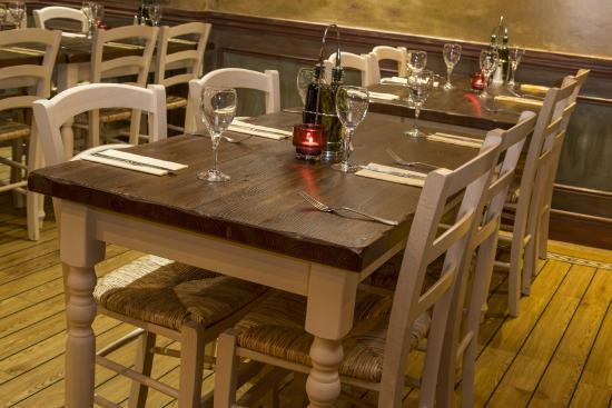 Europa Italian Restaurant Classic Design