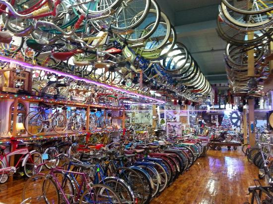‪Bicycle Heaven‬