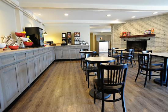 The Lodge at Bretton Woods: Breakfast is included with your stay!