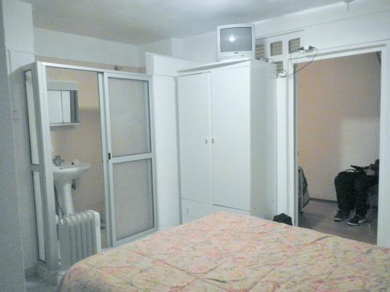 Alojamento Local Santo Tirso: Bagno privato integrato nella camera tripla