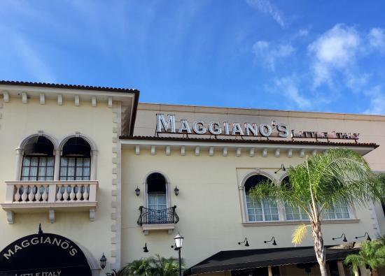 Maggiano's Little Italy: Maggiano's