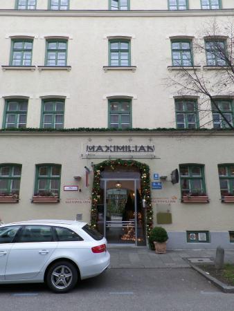 Maximilian Munich Apartments & Hotel: FACHADA HOTEL