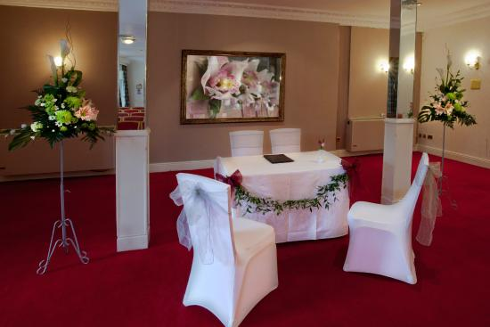 Royal Court Hotel - Coventry: Blenheim Suite