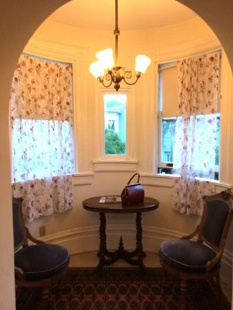 Chateau Tivoli Bed & Breakfast: Jack London room
