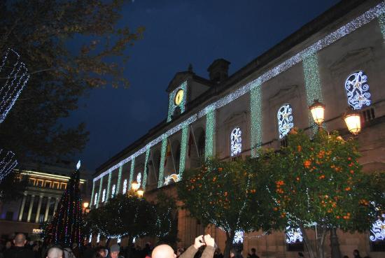 Plaza Nueva: Fachada Ayuntamiento Navidad 2014