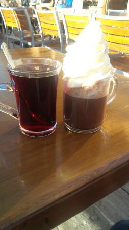 le blanchot : vin chaud and chocolat chaud chantilly 'iceberg'