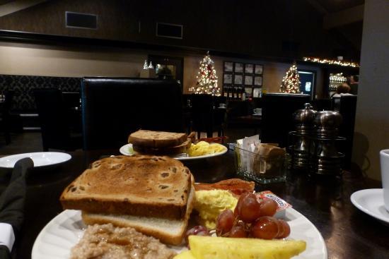 Hadsten House: breakfast