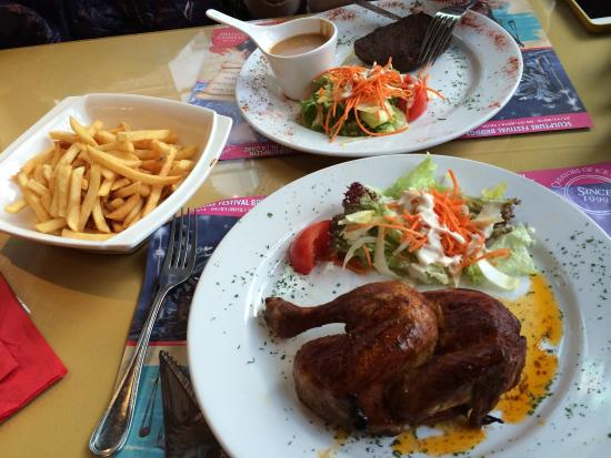 Singe D'Or: Steak and chicken