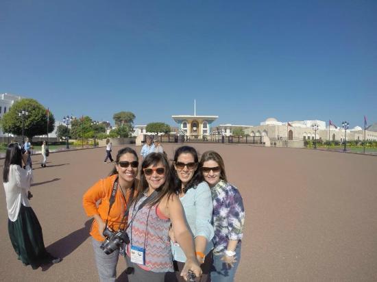 Königlicher Palast (Qaṣr al-ʿalam): El selfie frente al Palacio