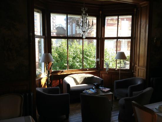 La Maison d'Emilie : Salon 2