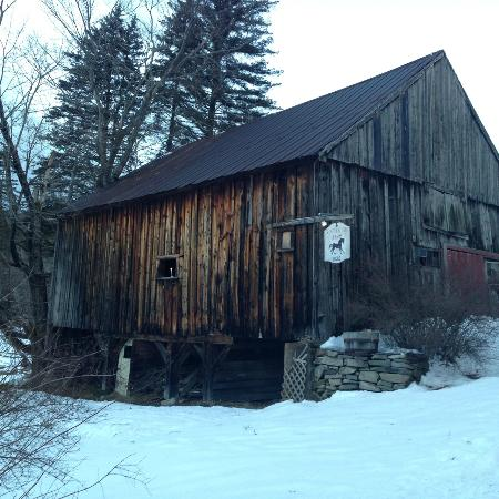 The Pond House Bed and Breakfast: the adjoining barn