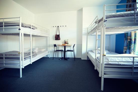 HI Montreal Hostel: 4-Bed Shared Room