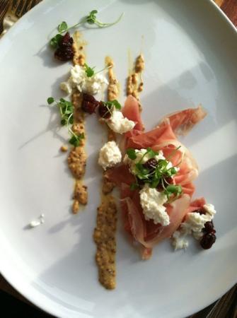 1201 Kitchen: Fresh Mozzarrella Small Plate