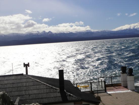 Vista de frente para Departamentos Bariloche (Lago Nahuel Huapi - lindo)