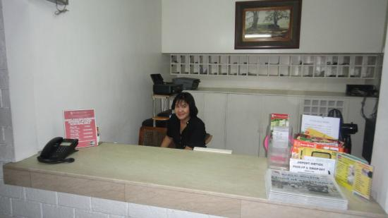 Broadway Court : The very nice front desk girl