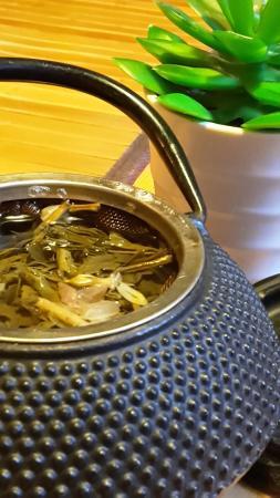 Betawi: Thé au jasmin
