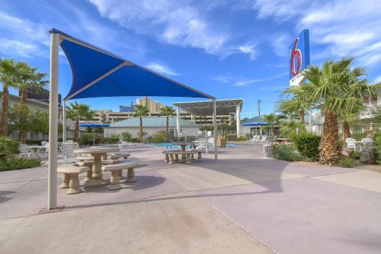 Motel  Las Vegas Tropicana Las Vegas Nv