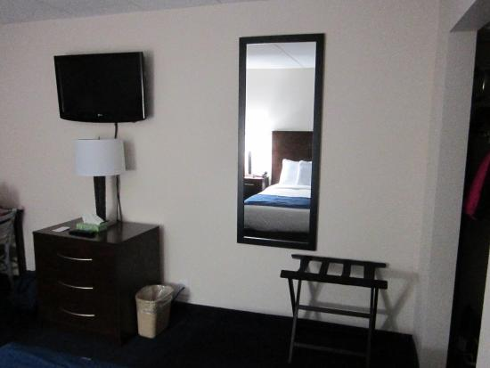Econo Lodge Resort: Another picture of the room