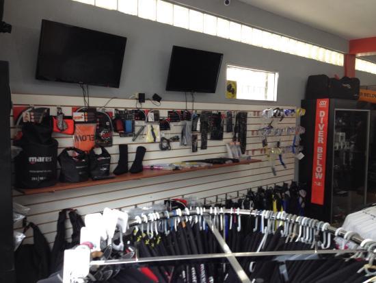 Roatan Scuba Mares Store
