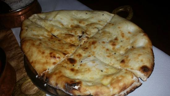 Passage To India : Butter naan