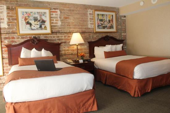 Best Western Plus St. Christopher Hotel: Double Room