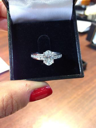 Diamond District : My ring!! ��❤️❤️❤️