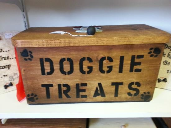 Creative Gifts: Doggie Treat Handmade Wood Boxes