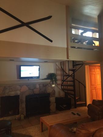 Forest Condominiums: Wild Irishman unit 1022 family room