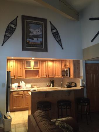 Forest Condominiums : Wild Irishman unit 1022 -kitchen