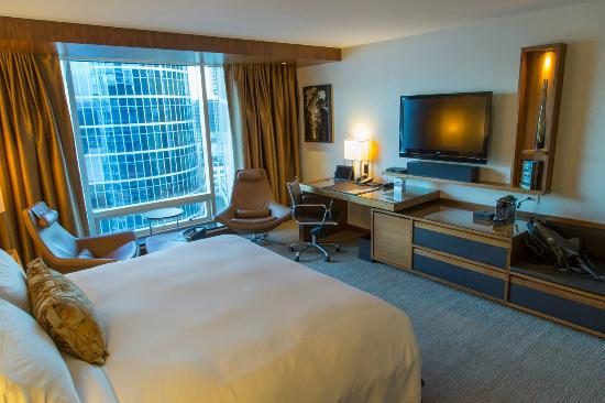 Fairmont Pacific Rim: Gold King Room