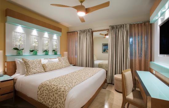Santa Maria Suites Hotel