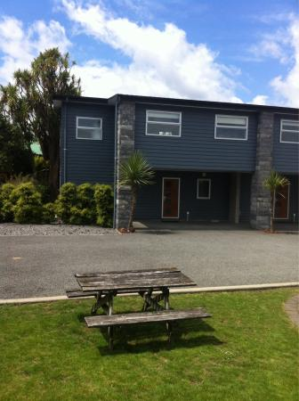 Rimu Park Lodge: View of the apartment with