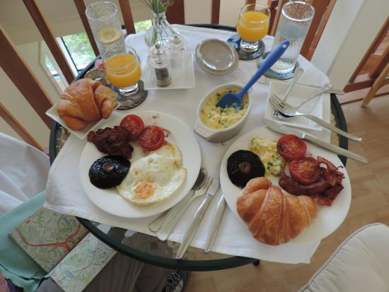 Admirals Landing Bed & Breakfast: A made to order breakfast