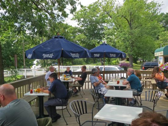 Patriot's Crossing: Patriot's Tavern Deck