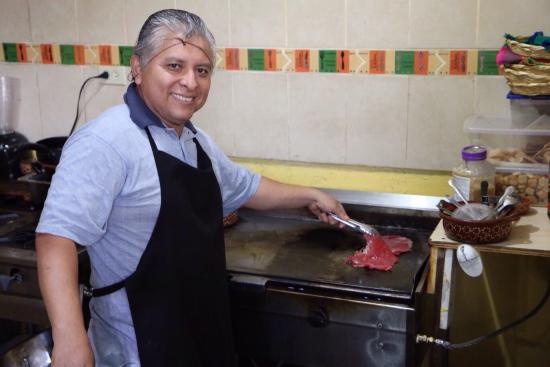 Catrina Restaurant: Jorge - the super friendly chef