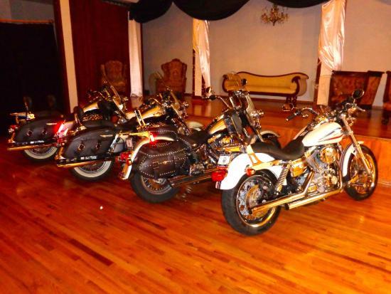 Inn at 2nd & C: Bikes in the ballroom
