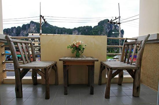 Pranang Flora House: View