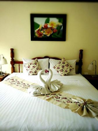 Pranang Flora House: Room Double Bed
