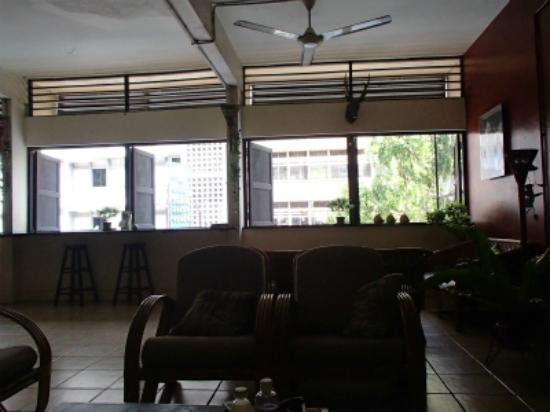 Akinabalu Youth Hostel: フロント