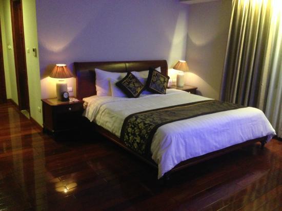 Lan Vien Hotel Hanoi : Bed