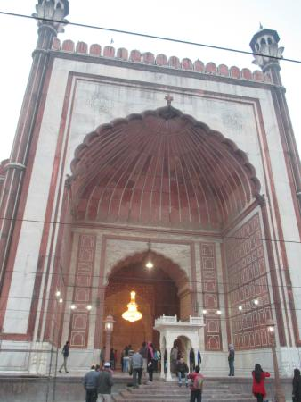 Mezquita del viernes (Jama Masjid): Gate for inner section