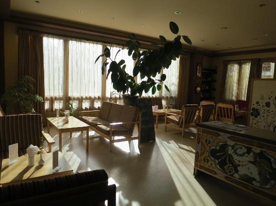 Bhutan Suites Hotel Cafe