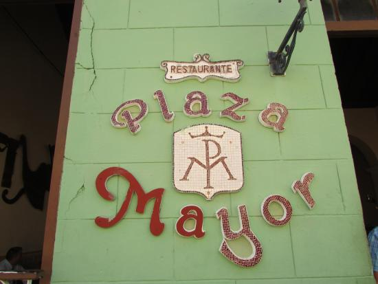 Plaza Mayor Restaurant: Don't unless you have to