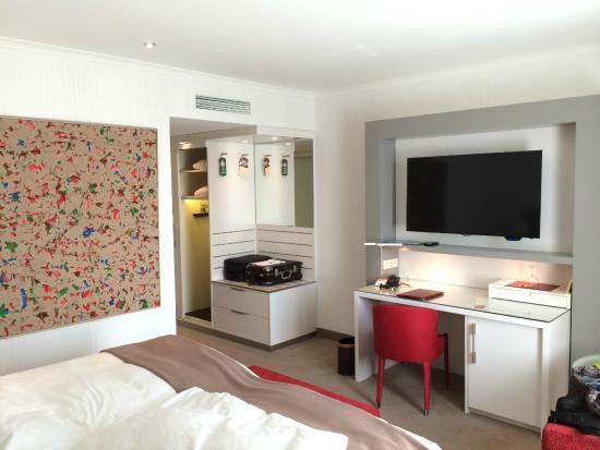 Kastens Hotel Luisenhof: 部屋はモダン