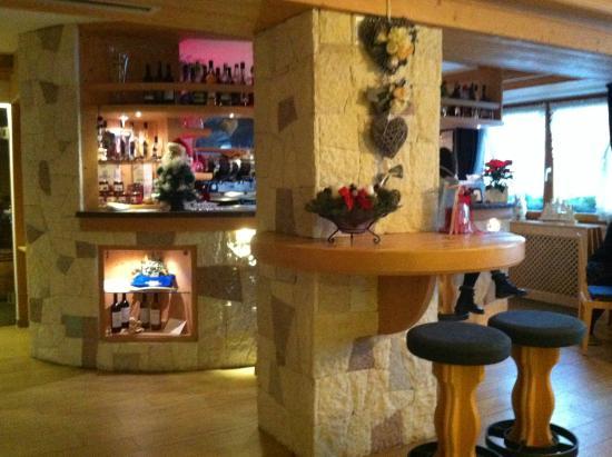 Hotel Tirol: Bar