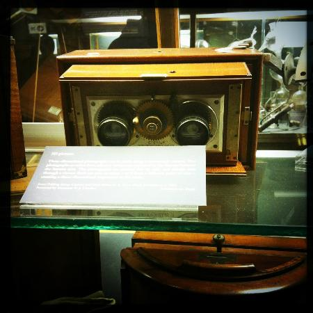 Museum of the History of Science: Very very early 3D camera