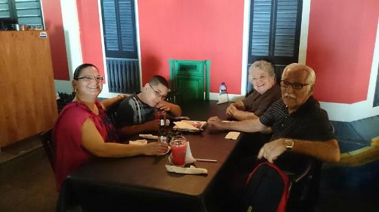 Anasco, Porto Rico: My Wife, my Son, Mom and Dad inside the restaurant