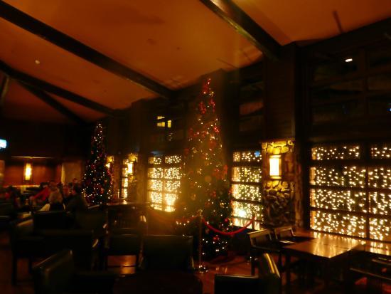 Disney's Sequoia Lodge : still some decorations